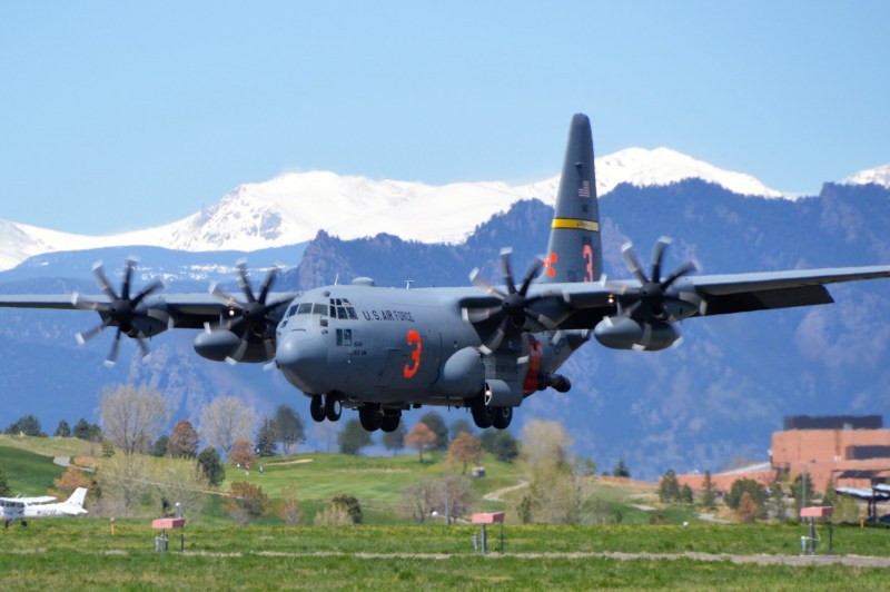 MAFFS landing. Photo by Michael Dougherty, Air Force North