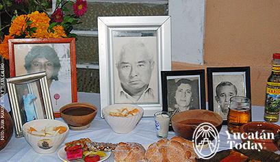 Hanal Pixán Altars