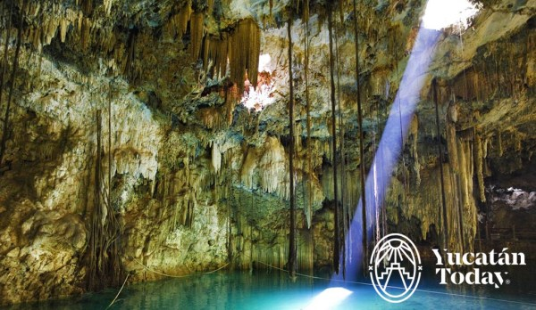 Cenote en Homun