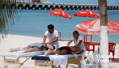 Progreso playa masaje
