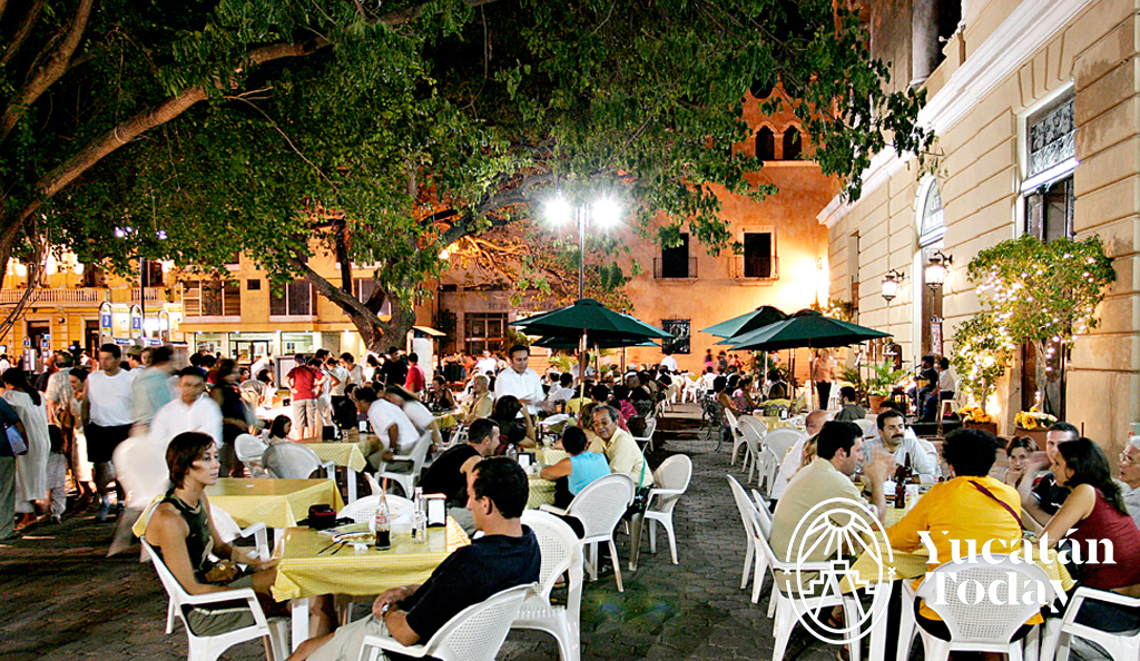 Resultado de imagen de going out to eat in merida
