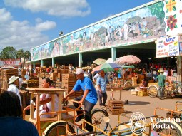 Oxkutzcab mercado outside