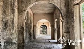 Hacienda-Mucuyche-arcos-interior