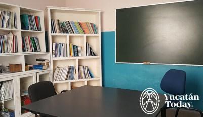 CIS-Centro-de-Idiomas-del-Sureste-class-room-by-Claudia-Amendola