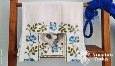 Blusa bordado de punto de cruz Taller Maya by Olivia Camarena 20210410_123637