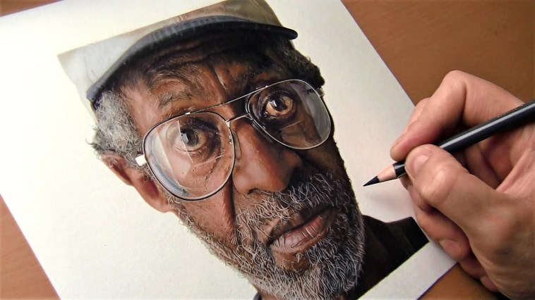 Hyperrealistic Drawing made with Colored Pencils || Time Lapse