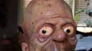 First Person to Receive the Vaccine Gonna Look Like This
