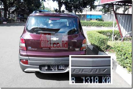 20140409_111756_Chevrolet-Spin-Varian-Baru-Belakang-&-Logo
