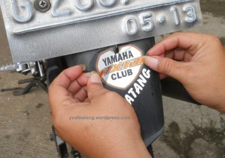 sticker yvc batang dilepas