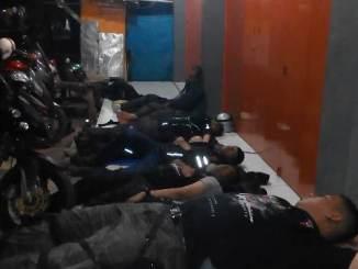 pemotor tidur diemperan toko