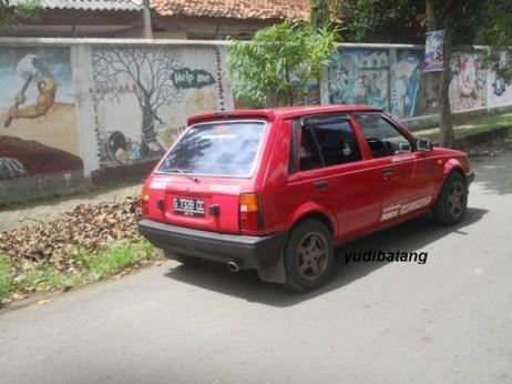 cek mobil bekas