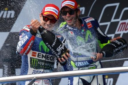 Rossi Lorenzo podium Jerez 2015