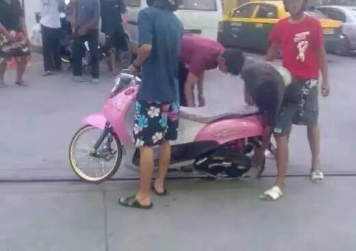Motor ban cacing