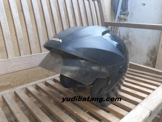 Helm TRX Honda