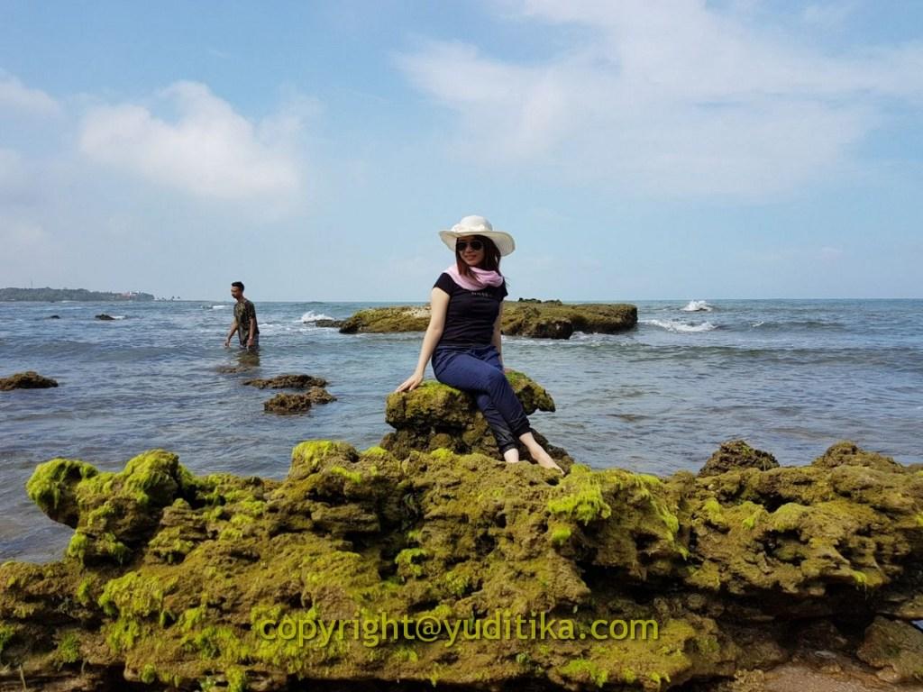 Karang Pantai Pasir Putih Anyer