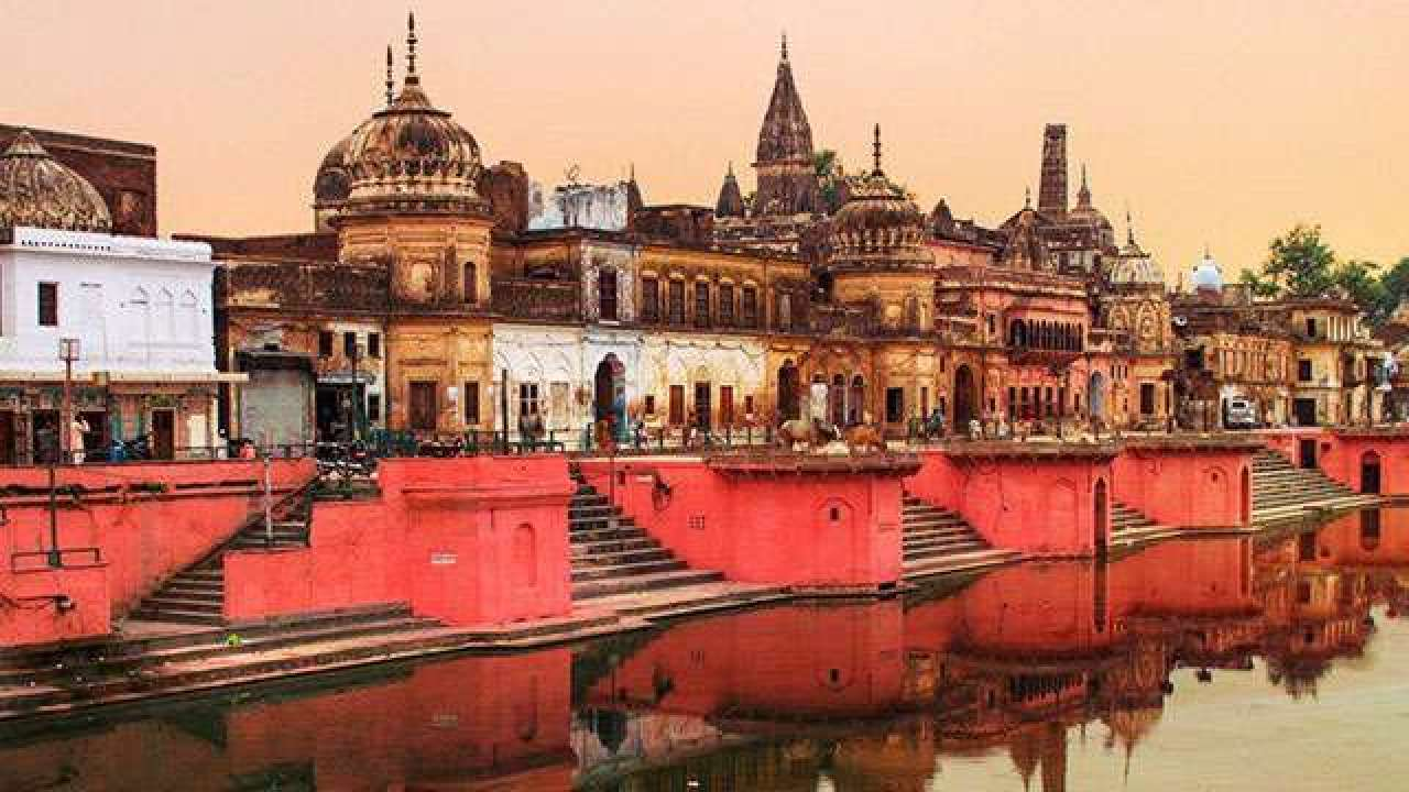 राम मन्दिर शिलान्यास : जनकपुरको माटो र चाँदीका इँटा बोकेर नेपाली टोली अयोध्या प्रस्थान