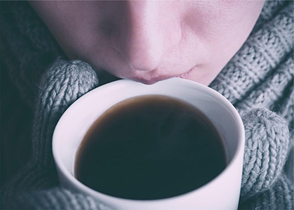 コーヒー 飲む