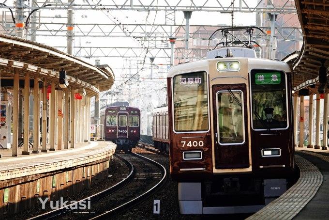 阪急5300系と7300系の離合