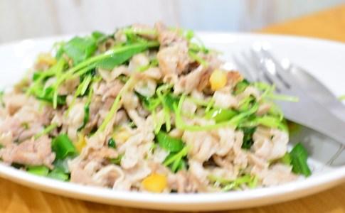 食欲そそる♬簡単豆苗と豚コマの塩レモン炒め★のレシピ