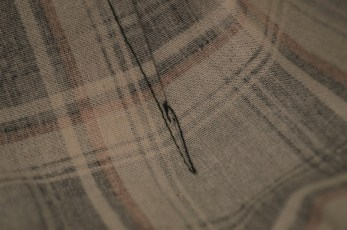 Quick and easy way to sew a dart and fasten the thread.