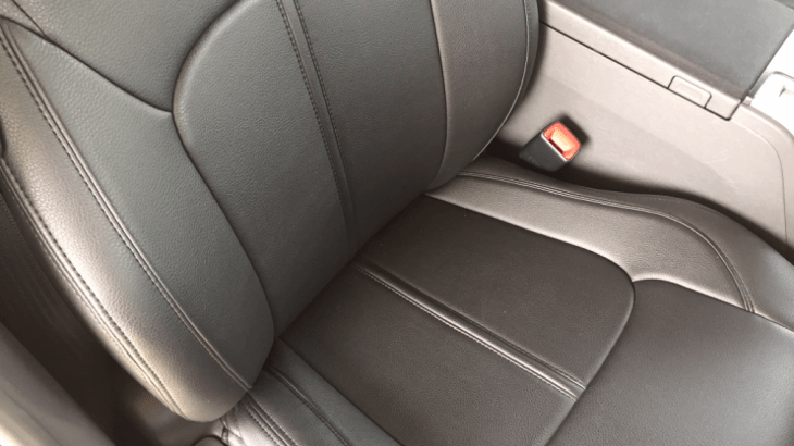 【クラッツィオ】プリウスαに全座席で定価3万5千円するシートカバーを取り付けてみたら予想以上だった