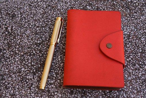 手帳型スマホカバーは汚い?おすすめしない理由と解決策