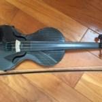 カーボンバイオリン デビューしました!