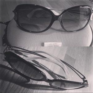 日本のマスクとアメリカのサングラス 日本のサングラスとアメリカのマスク