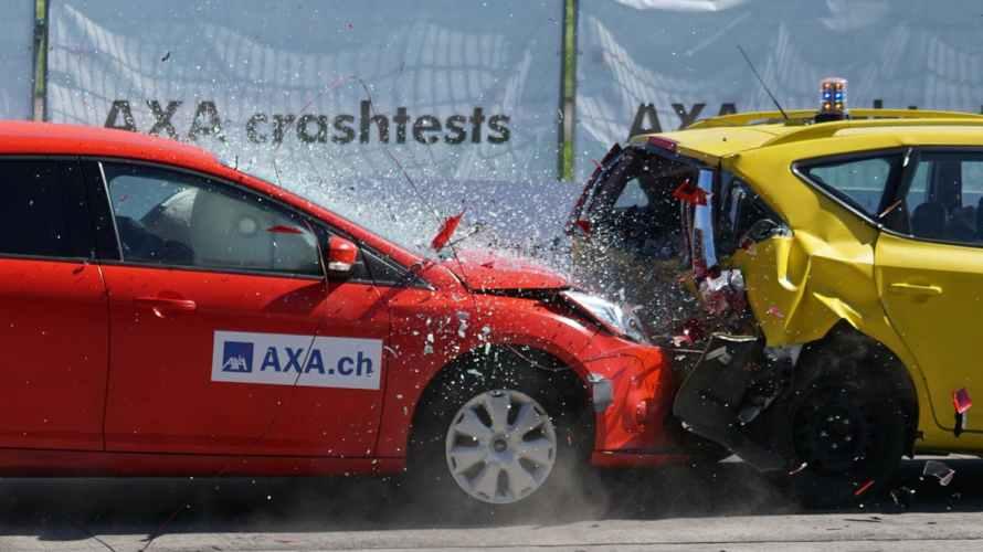 マグネットステッカーで安全な車間距離は確保できるのか検証してみた