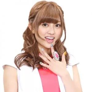 菊地亜美さんのヘア画像