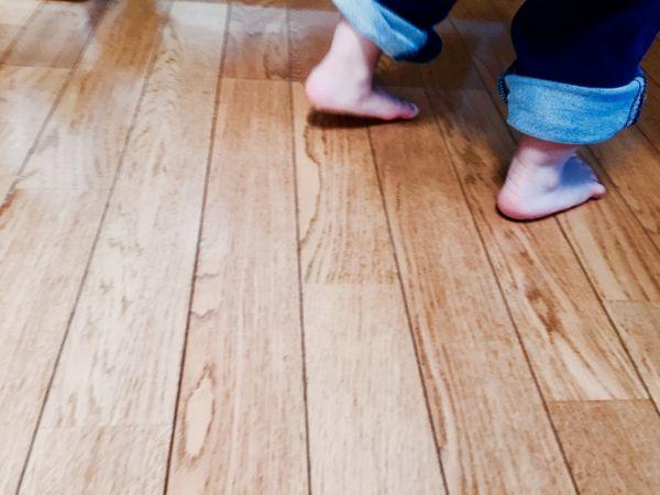 フローリングの床