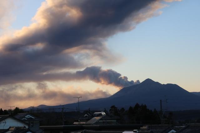 火山灰が降る