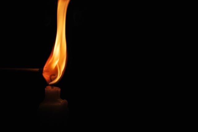ろうそくの火が消える