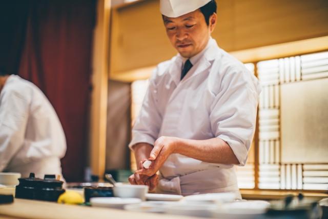 寿司屋になる