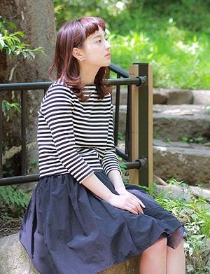 山本恵理伽05-W300