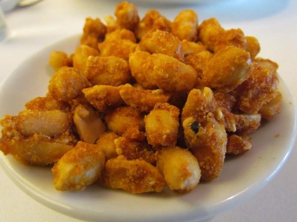 Sweet 'n salt peanuts served 'on the house'