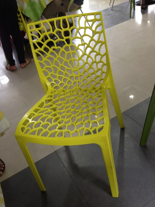 smart plastic chairs in Dining Hall - lightweight & comfortable to sit in