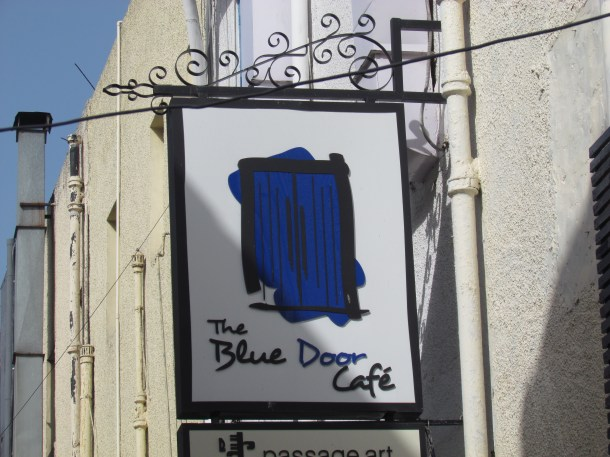 The blue door cafe