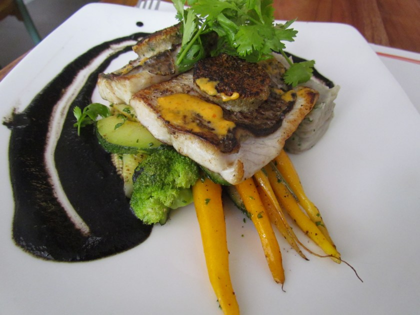 Lobo de robalo seabass fillet with pepper crust
