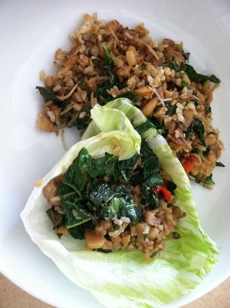 Lettuce wrap-minced chicken, kale, red bell pepper, pine nuts and brown rice
