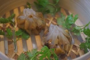disfrutar restaurante dumplings y algas