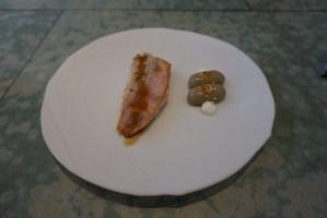 disfrutar restaurante Salmonete con papada