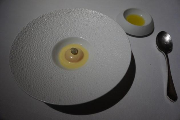 kresios restaurante yema de huevo con mayonesa de atun