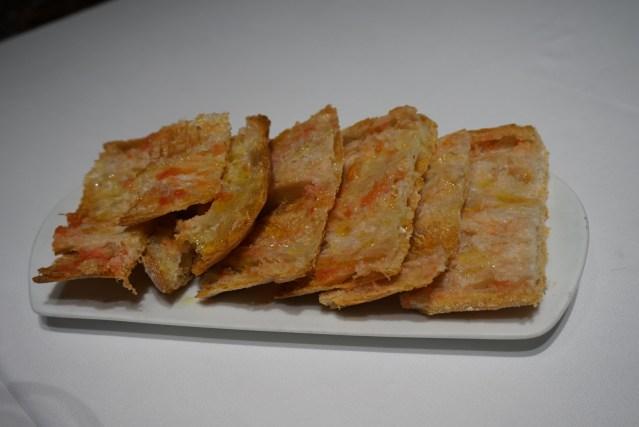 pan de coca con tomate la taverna del clínic