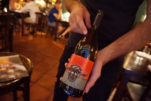 restaurante el pla Mas Candí Cabòries 2015 un Vino tinto joven con crianza de Mas Candí D.O. Penedès (España) elaborado con Sumoll, Mandó y Xarel·lo.