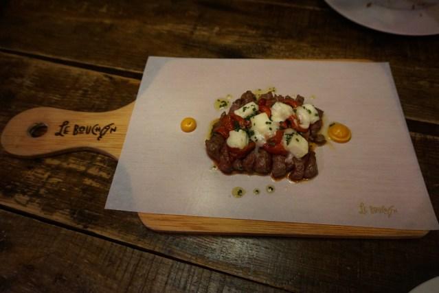 Le Bouchon Harry Wieding Taco de vaca vieja con burrata y pimiento.