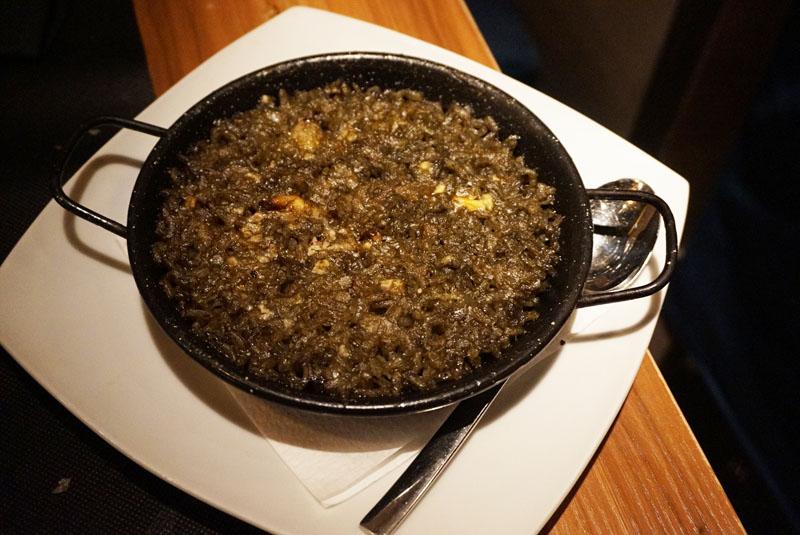 Bruc 33 Tapas arroz con chipirones