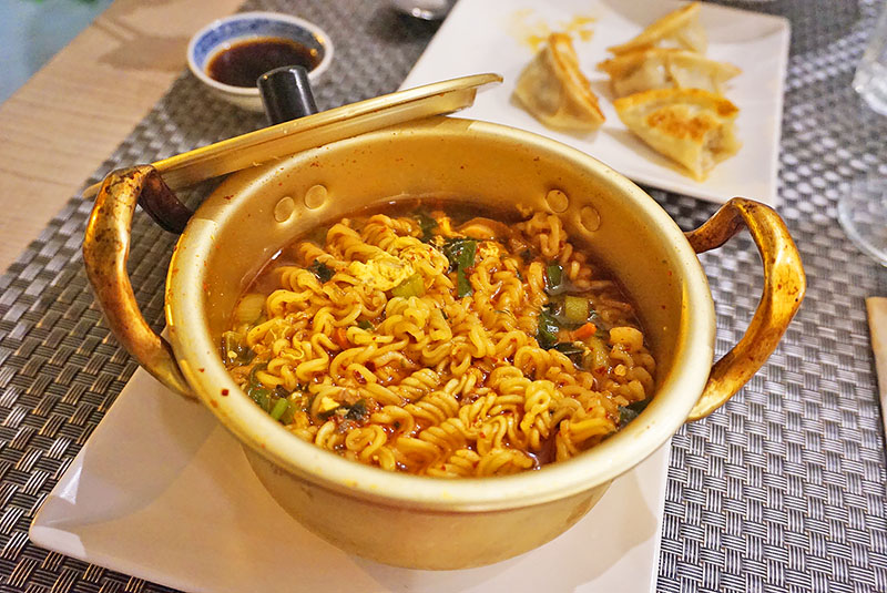 burne restaurante coreano barcelona ramen
