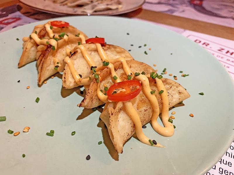 dr zhang dumplings restaurante asiático