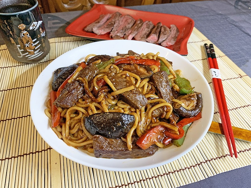 receta wagyu yakisoba